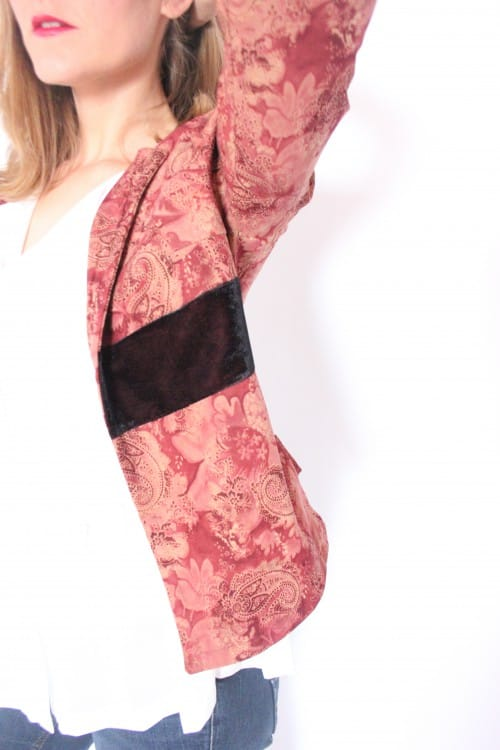 guillermina-ferrer-blog-colección 3-chaqueta-estampada-granates-terciopelo-burdeos-2
