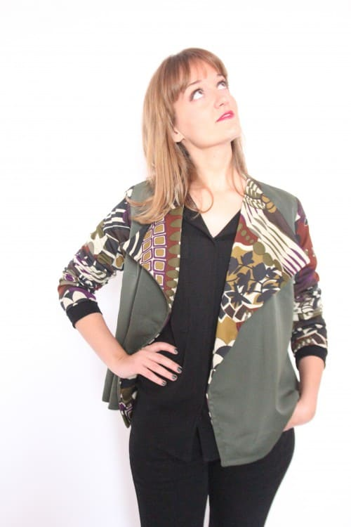guillermina-ferrer-chaqueta-verde-doble-faz-flores-3