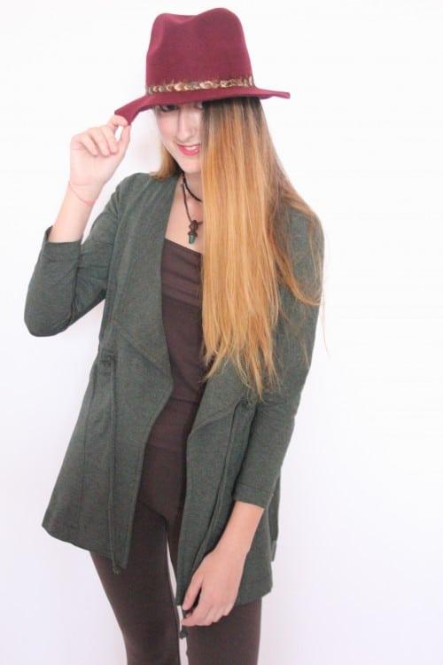 guillermina-ferrer-chaqueta-punto-verde-botella-larga-1