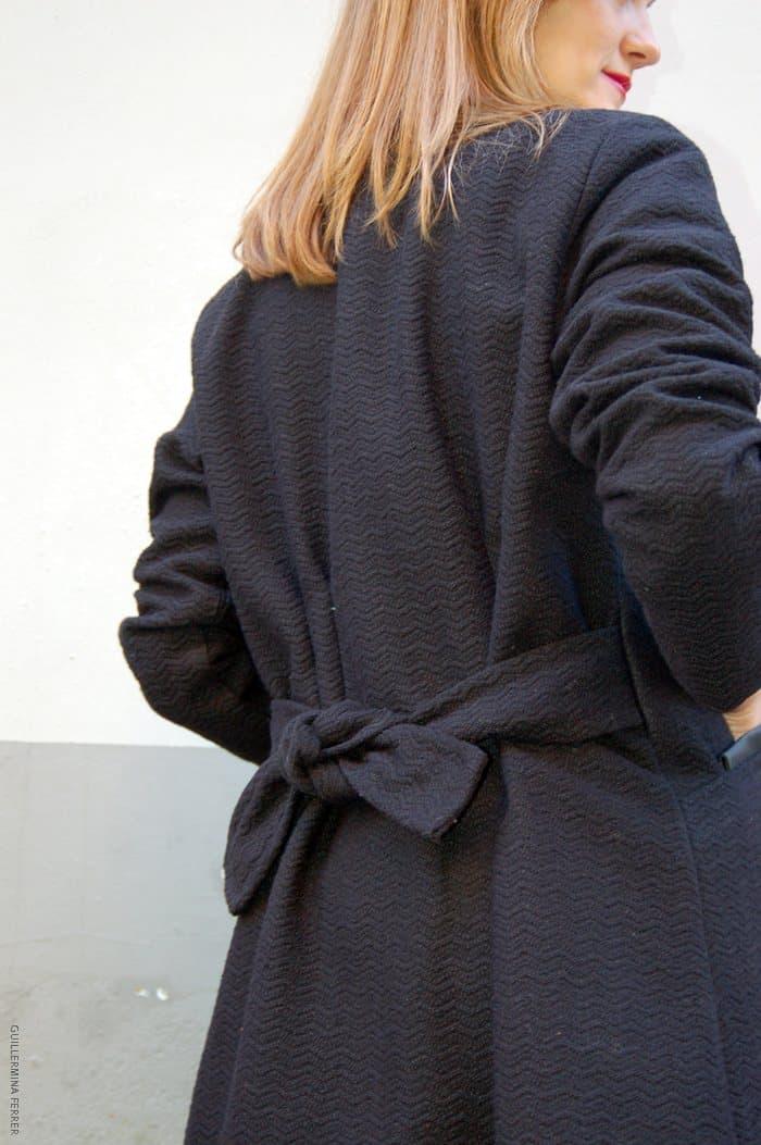 guillermina_ferrer_abrigo_negro